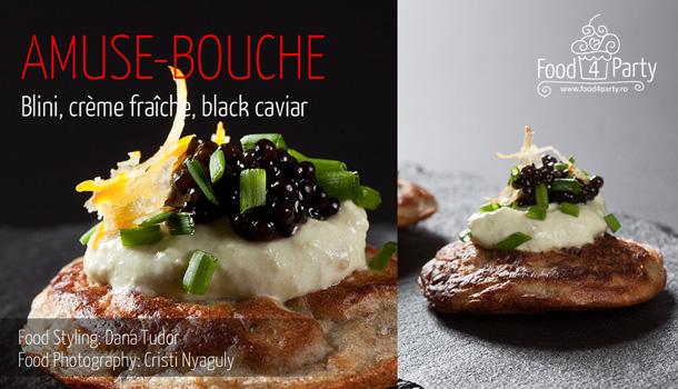 Blini, crème fraîche, black caviar
