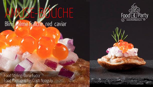 Blini, crème fraîche, red caviar